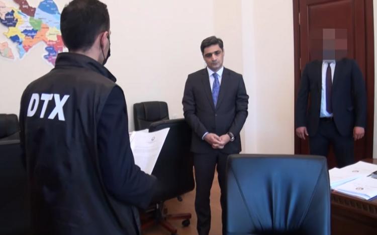 Sabiq nazir müavininin aldığı rüşvət 1 milyonu ötüb -  İttiham aktı