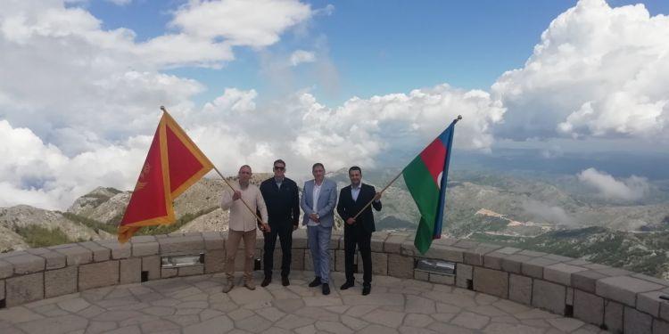 Monteneqronun Lovçen zirvəsində Azərbaycan bayrağı dalğalandırılıb