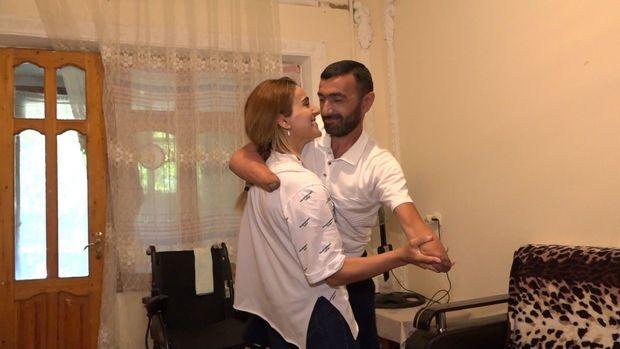 """Qarabağ qazisinin xanımı:  """"Onu heç kimə etibar etməyib qucağımda gəzdirirəm"""" - VİDEO"""