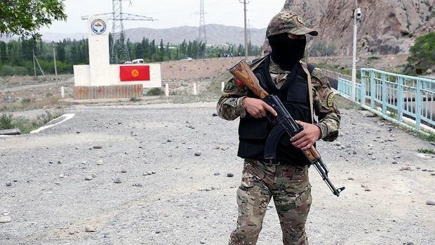 Qırğızıstan və Tacikistan orduları sərhəddən geri çəkilib