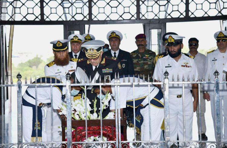 HDQ komandanı Pakistanın döyüş gəmiləri ilə tanış oldu -  FOTO