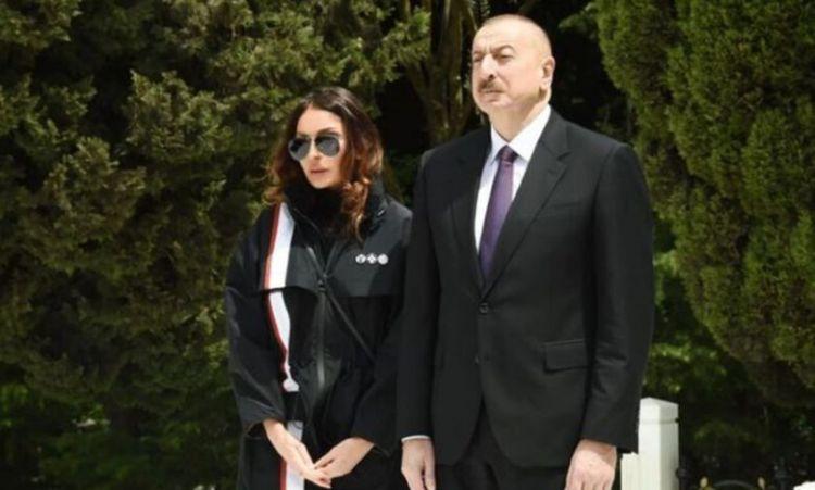 Prezident və xanımı akademikin dəfninə əklil göndərib -  FOTO
