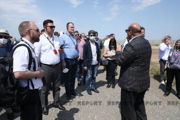 Xarici diplomatlar Şahbulaq qalasında -  FOTO