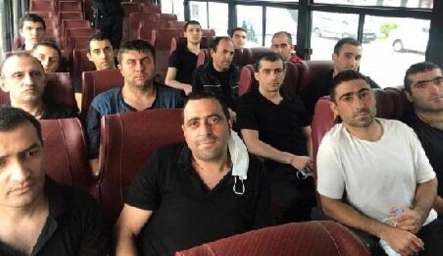 15 erməni hərbçisi belə təhvil verildi - VİDEO