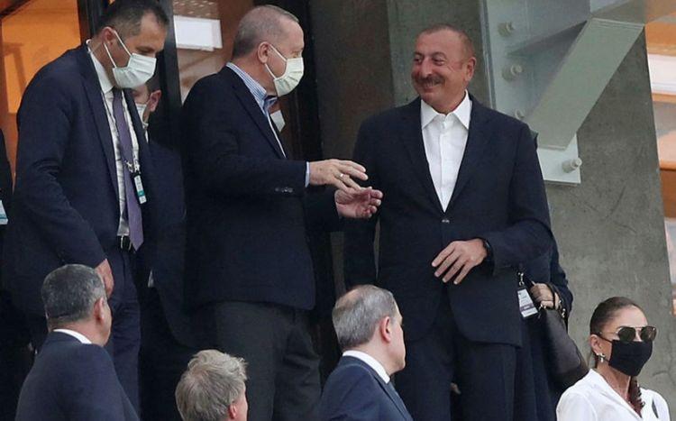 İlham Əliyev və Ərdoğan Türkiyə millisinin oyununu izləyir -  FOTO