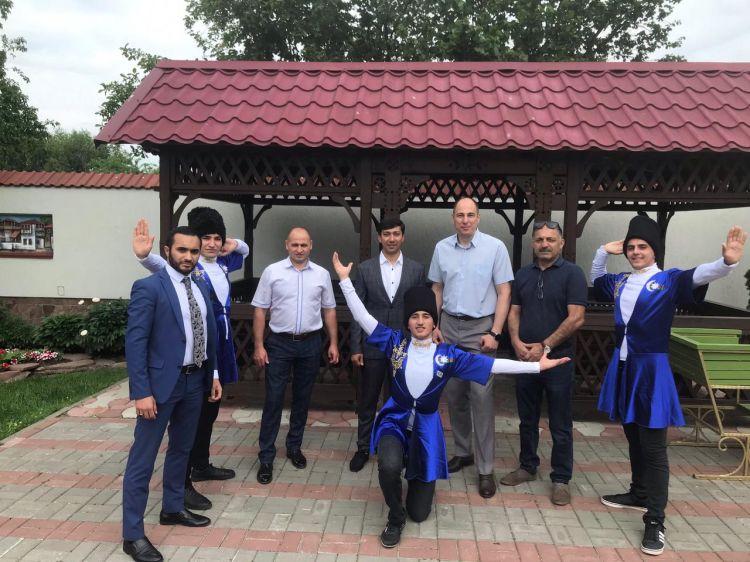 Azərbaycan icmasının nümayəndələri festivalın laureatı adına layiq görülüb