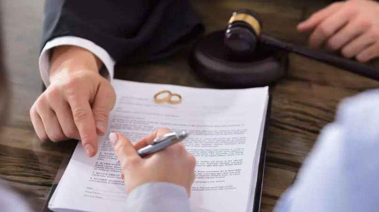 Ölkədə hər üç ailədən biri boşanır:  Xəyanət əsas səbəbdir – VİDEO