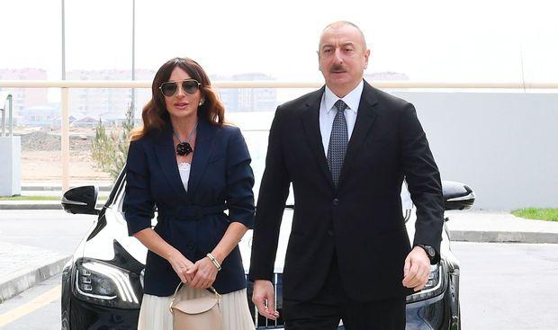 İlham Əliyev və Mehriban Əliyeva Bakıda açılışda -  Yenilənib