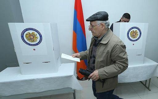 Ermənistanda parlament seçkilərində səsvermə başlayıb