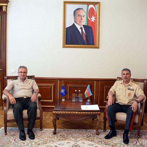 Zakir Həsənov NATO-nun Quru Qoşunları Komandanlığının Qərargah rəisi ilə görüşüb