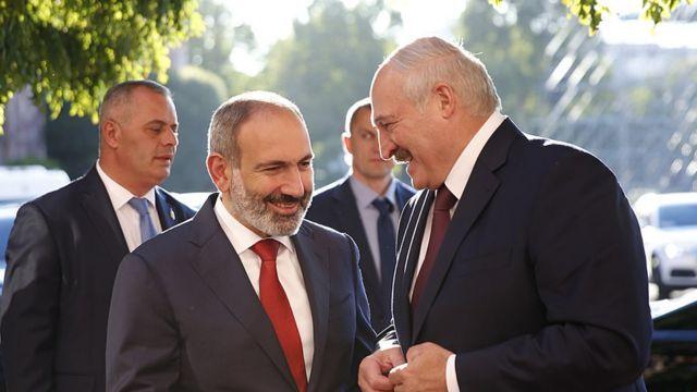 Lukaşenko Paşinyanı təbrik etdi