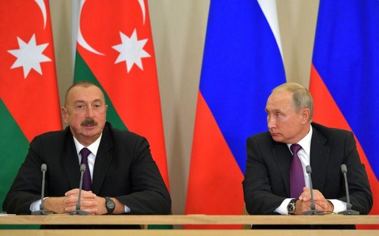 """Bu zənglərin arxasında nə dayanır? -  """"Dəhlizin açılması yubanarsa, demək Kremlin planları dəyişib"""""""