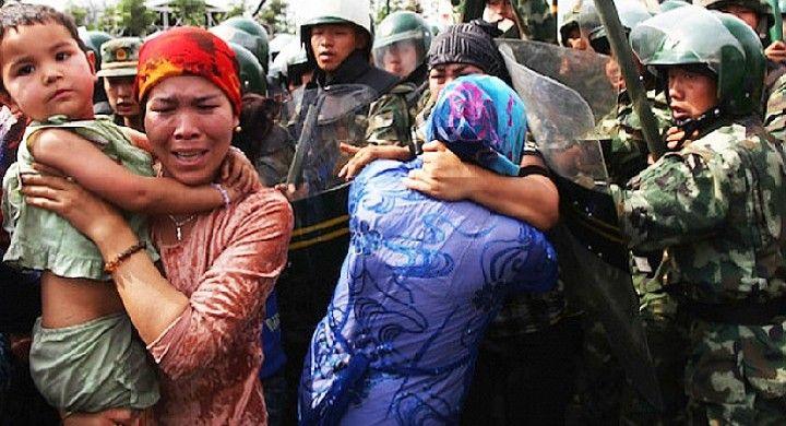 Türklərə görə Çinə sanksiya tətbiq edildi