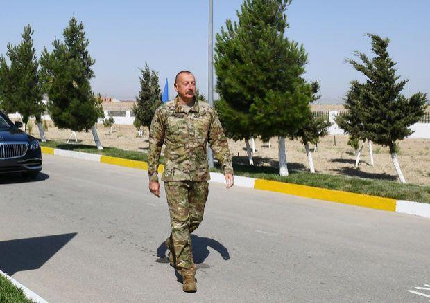 Prezident Hərbi Hava Qüvvələrinin yeni hərbi şəhərciyində olub -  YENİLƏNİB - FOTO
