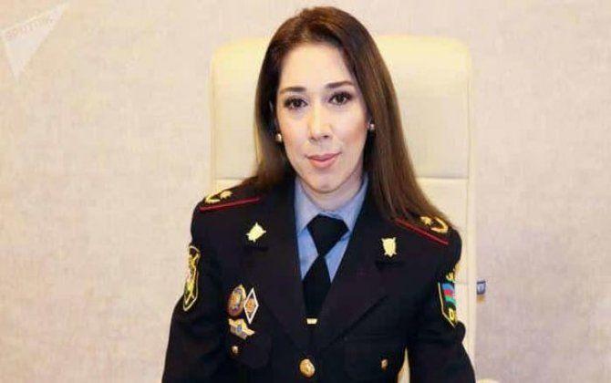 Asayişın keşiyində duran qadın polis polkovnik-leytenantı -  VİDEO