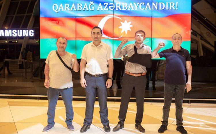 Daha 10 qazimiz müalicə üçün Türkiyəyə göndərildi -  FOTO
