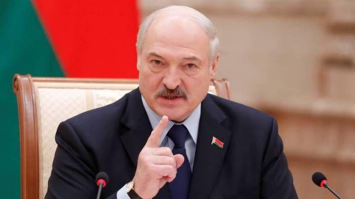 Lukaşenko Belarusda xaosa görə müharibə olacağını istisna etmir