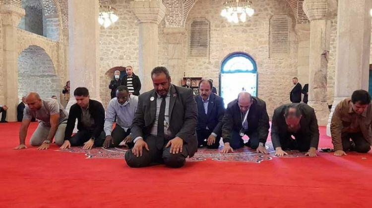 Diplomatlar Şuşada namaz qıldı -  FOTO