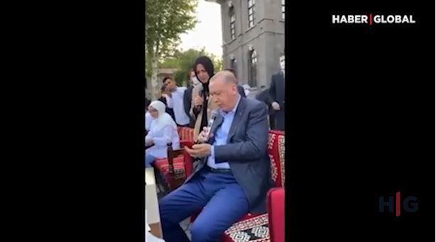"""Ərdoğan """"Könül dağı"""" türküsünü ifa etdi –  VİDEO"""