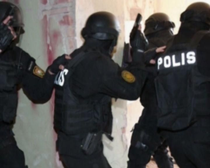 Polis Bakının 5 rayonunda əməliyyatlar keçirdi -  VİDEO