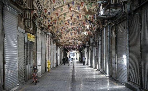 İranda bazarlar və banklar bağlandı