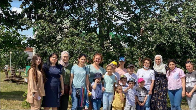 Diaspor gəncləri Minskdə sağlamlıq problemi olan uşaqları ziyarət ediblər