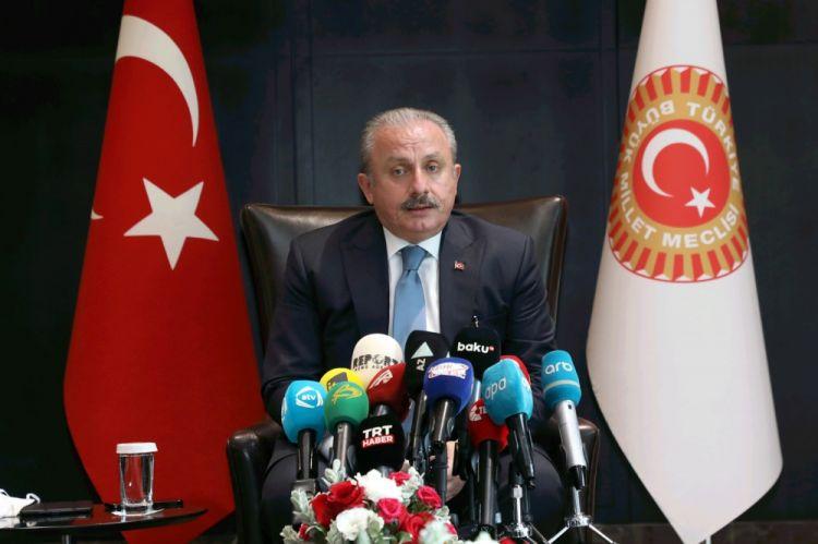 TBMM-in sədri: Azərbaycan-Türkiyə-Pakistan dostluğu böyük gələcək vəd edir