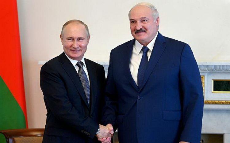 Putin Minskdə NATO-nu sınayır