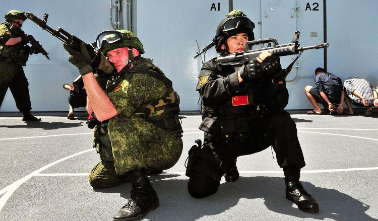 Rusiya və Çin birgə hərbi təlimlərə başlayır