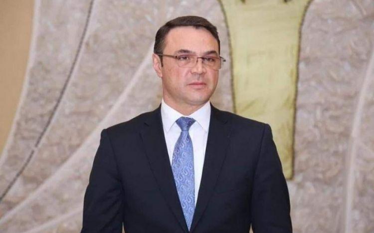 Polisi döyən deputatın məsələsi Milli Məclisdə müzakirəyə çıxarılır