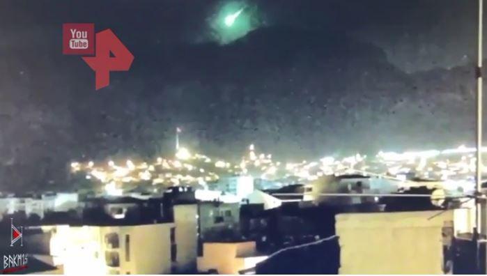 Türkiyədə yanğınlar olan əraziyə meteorit düşdü -  VİDEO