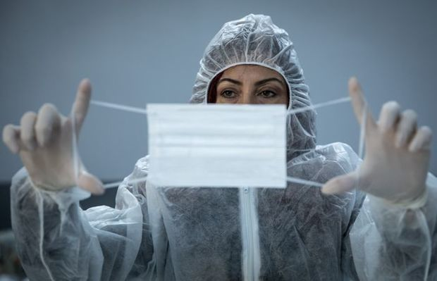 Pandemiyanın qarşısını almaq üçün vaksinasiya kifayət etmir -  Alimlər açıqladı