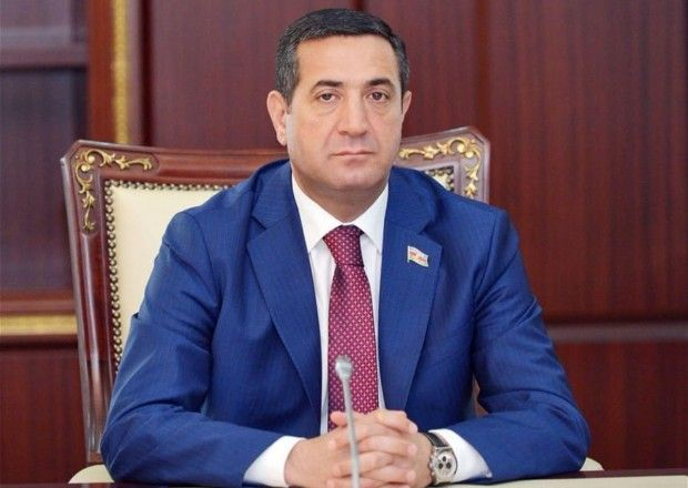 Jirinovski ciddi siyasi fiqur obrazını çoxdan itirib -  Mahir Abbaszadə