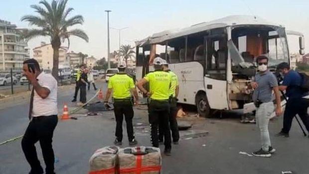 Türkiyədə rus turistləri daşıyan avtobus aşıb -  ölənlər var