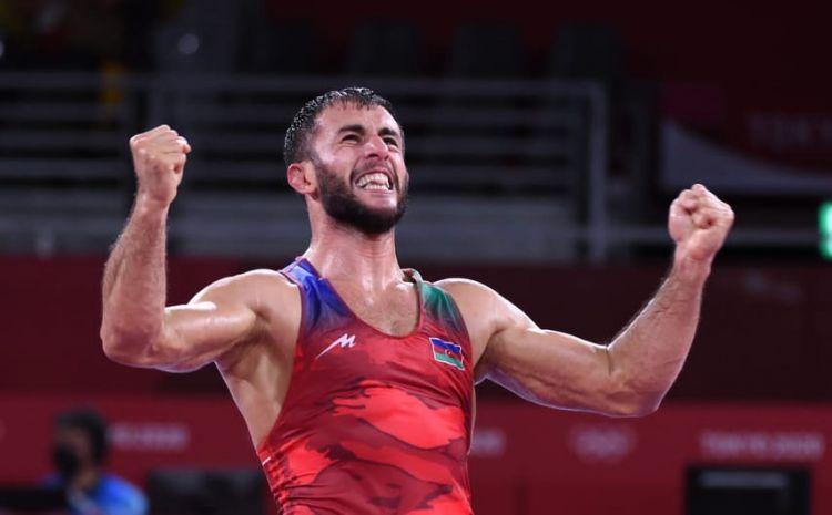 Tokio-2020: Azərbaycan güləşçisi erməniyə qalib gələrək medal qazanıb - FOTO