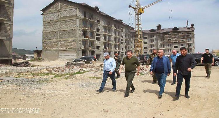 """Arutyunyan yenidən """"dirildi"""":  """"Rus qoşunları gəlməsəydi…"""""""
