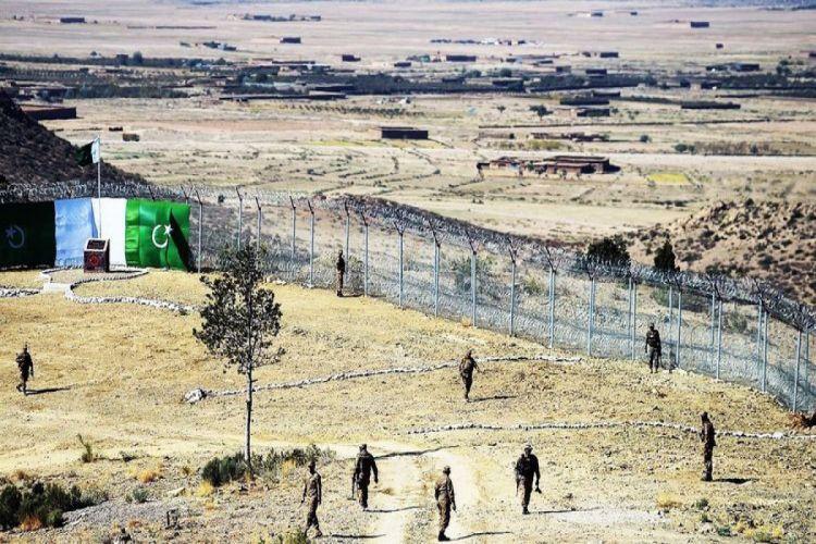 Əfqanıstanla sərhəddə Pakistan ordusunun zabiti öldürülüb