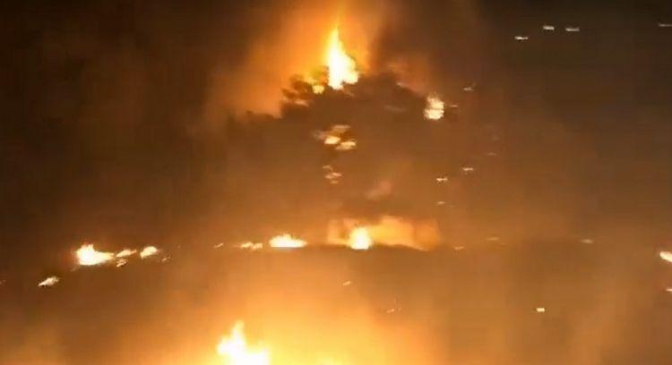 Tovuza ildırım düşdü:  ətraf yandı - VİDEO