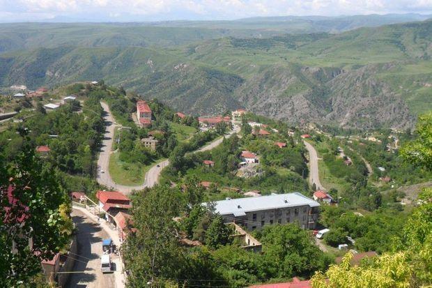 Ermənistan MTX:  Azərbaycan hərbçiləri ölkəni İranla birləşdirən yolu bağladı
