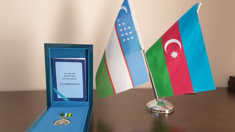 """Özbəkistan Prezidenti azərbaycanlı diplomatı """"Dostluq"""" ordeni ilə təltif etdi"""