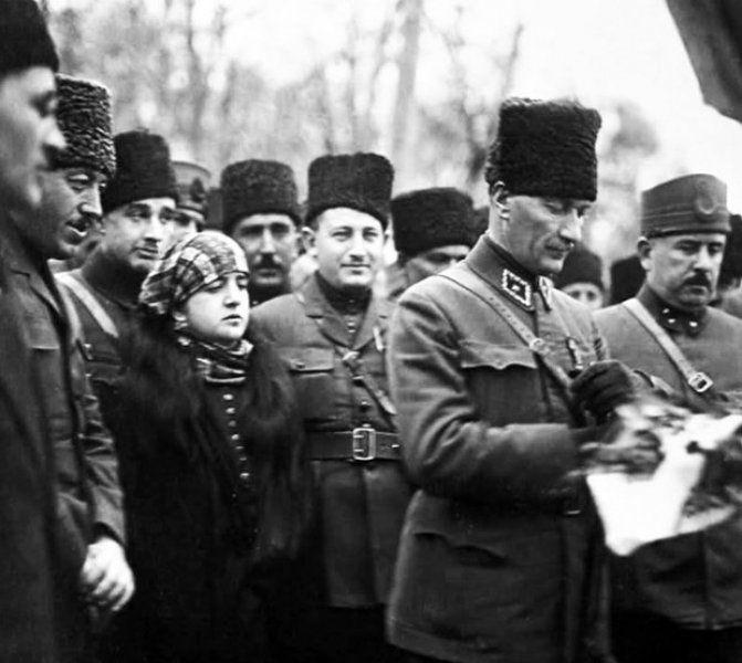 Türkiyədə Zəfər Bayramı günüdür - FOTO
