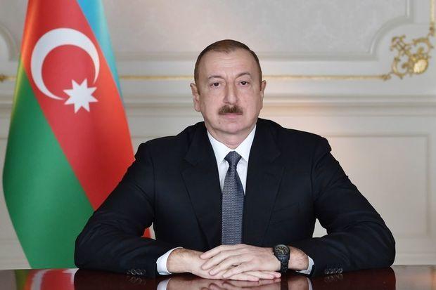 İlham Əliyev Özbəkistan Prezidentini təbrik edib