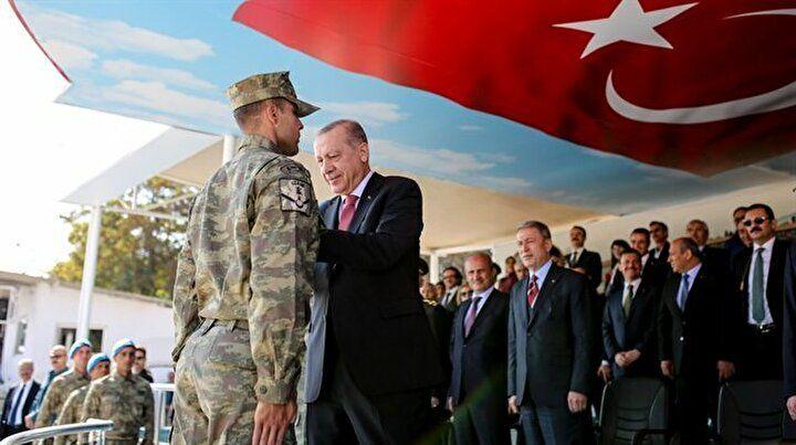 Ərdoğan azərbaycanlı zabiti mükafatlandırdı -  FOTO