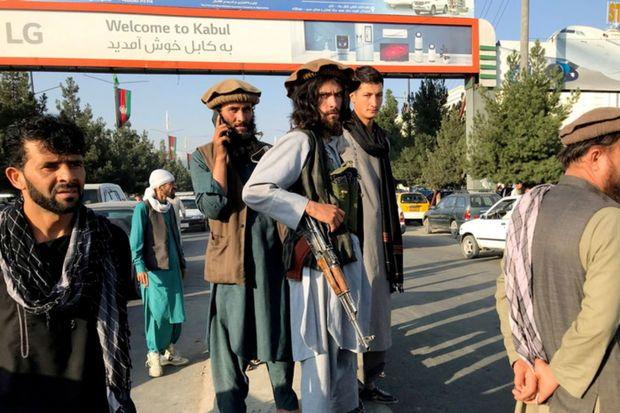 """""""Taliban"""" xarici ölkələri Əfqanıstandakı səfirliklərinin fəaliyyətini bərpa etməyə çağırdı"""