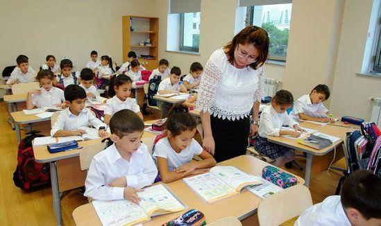 ÜST və UNICEF məktəblərlə bağlı  Azərbaycana çağırış etdi