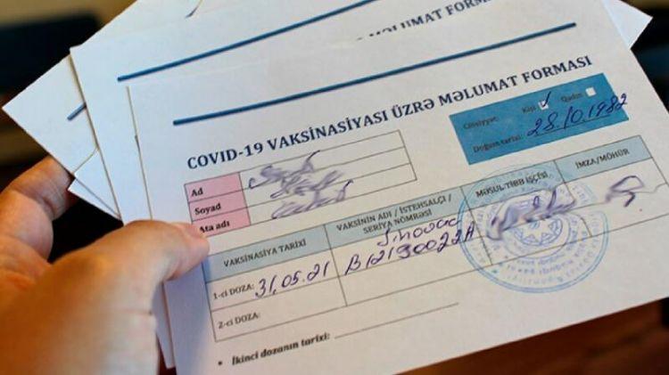 Tovuzda məktəb direktoru valideynlərdən COVID-19 pasportu tələb edir –  VİDEO