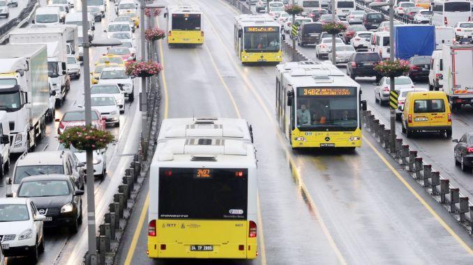 İstanbulda ilk dərs günündə ictimai nəqliyyat  pulsuz olacaq