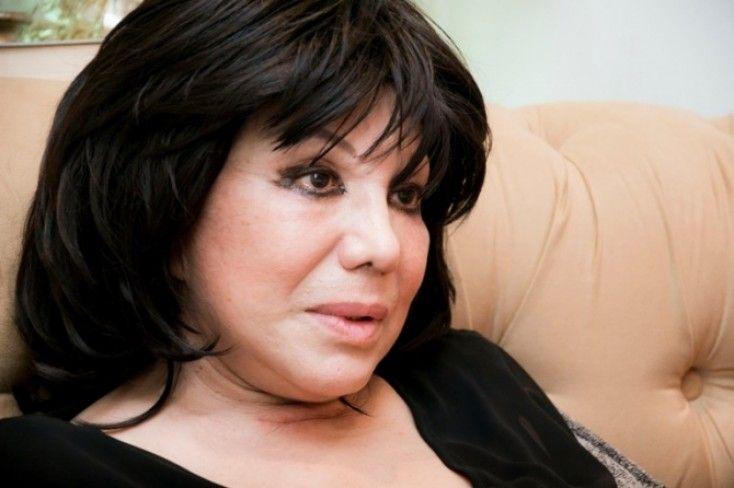 Flora Kərimova Prezident təqaüdünün ilk ayını qazilərə verdi