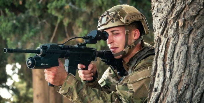 İsrail ordusunda qeyri-adi silah:  Avtomatlar kompüterləşdirilir - FOTOLAR