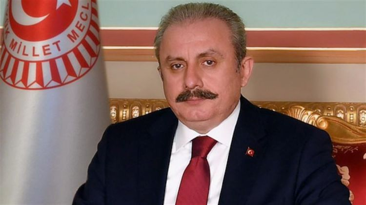 """""""Bütün əziz şəhidlərimizi rəhmətlə yad edirik"""" -  Mustafa Şentop"""